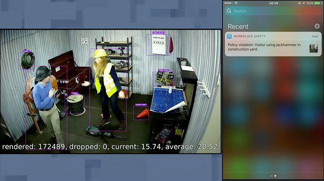 Przykład automatycznego rozpoznania naruszenia polityki bezpieczeństwa – nieprzeszkolony pracownik chwyta za narzędzie, a Azure wysyła SMS-a do kogoś rozsądniejszego
