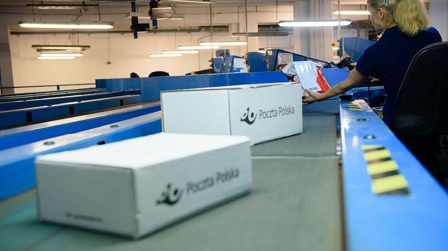 Poczta Polska znów sięga po technikę. Testuje sortowanie paczek z RFID (Poczta Polska)