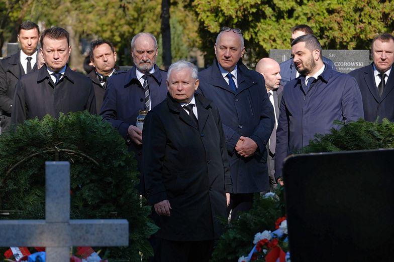 Przebieg obchodów 10. rocznicy katastrofy smoleńskiej budzi kontrowersje