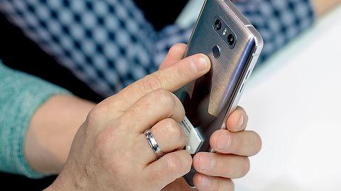 """Atak """"cold boot"""" na smartfony LG. Pobierz łatkę – problem dotyczy modeli nawet sprzed 7 lat"""