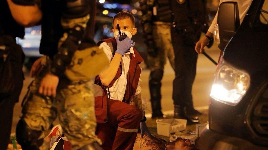 Oto sceny, jakie rozgrywają się na ulicach Mińska, fot. Twitter