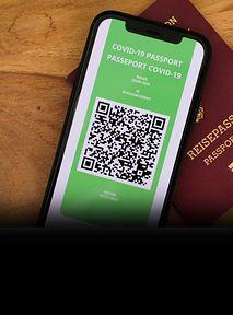 Jak pobrać paszport covidowy? Będziesz TEGO potrzebował_a 🛂