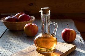 Ocet jabłkowy - skład, przepis, wspomaganie odchudzania, wady