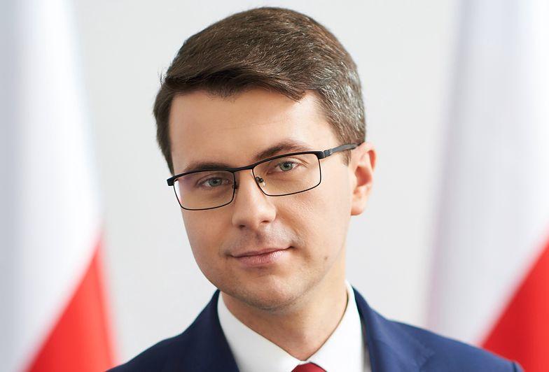 Powrót do szkoły w grudniu? Rzecznik rządu Piotr Müller nie ma wątpliwości