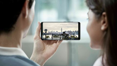 Samsung S10 powrotem do tradycji? Jedna z wersji ma mieć ekran bez zagiętych krawędzi