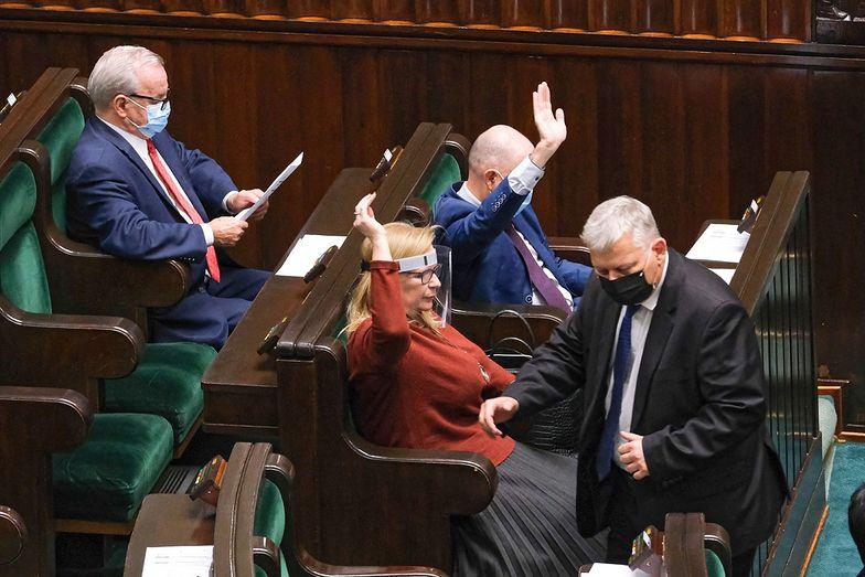 Ustawa covidowa. Posłowie zagłosowali