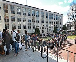 USA. Studenci stracili tysiące dolarów. Powód? Brak dystansu społecznego