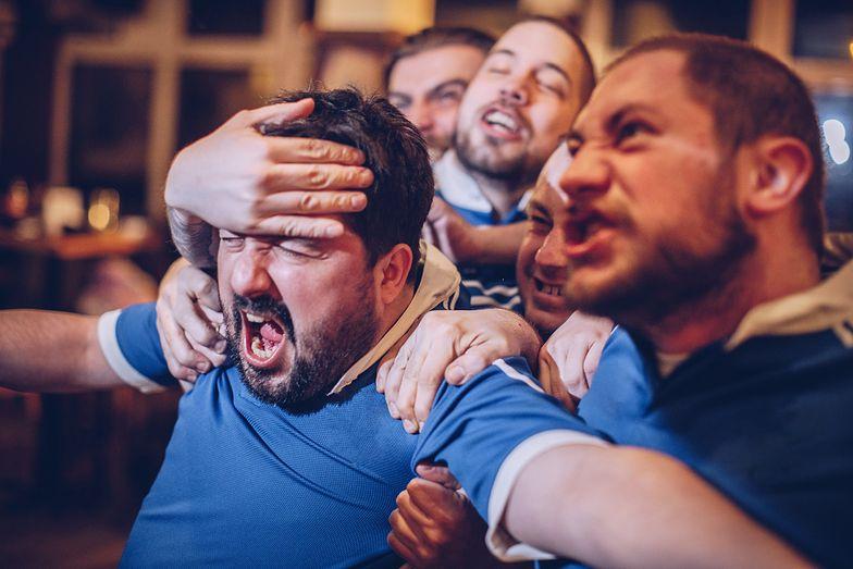 Zamkną mężczyzn w domach? Żeby było bezpieczniej na ulicach