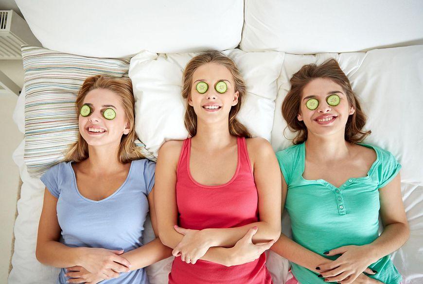 W internecie znajdziemy wiele przepisów na domowe sposoby pielęgnacji twarzy