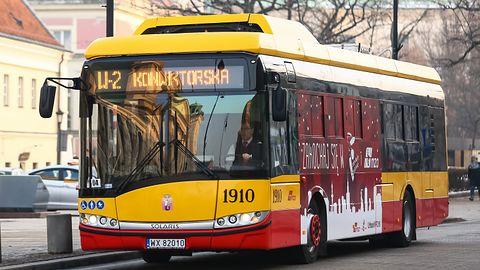 """Jeździsz autobusem po Warszawie? Przez internet możesz """"zawiesić"""" długoterminowy bilet"""