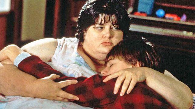 "Darlene Cates i Leonardo di Caprio w filmie ""Co gryzie Gilberta Grape'a"""