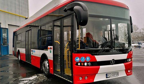 Śląskie. Pierwsze elektryczne autobusy w Częstochowie rozpoczną kursy jeszcze w kwietniu.