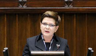 Beata Szydło chce naprawiać biblioteki publiczne