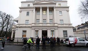 Posiadłość warta 15 mln funtów w londyńskim Belgrave Place nielegalnie zajęta przez anarchistów