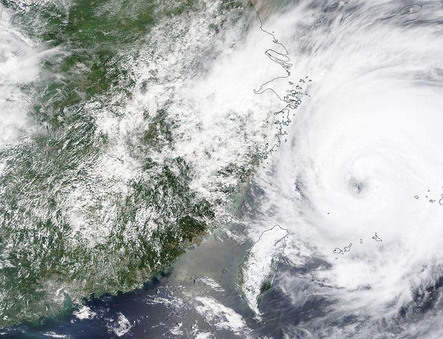Tajfun In-Fa w Chinach