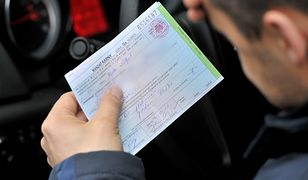 Płacenie kartą za mandaty: prezydent podpisał ustawę