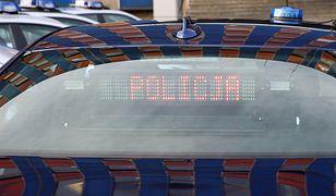 Policja kupuje samochody bez przetargu zwykle pod koniec roku. W niektórych przypadkach nawet nie publikowano ofert, na które mogliby odpowiedzieć sprzedawcy