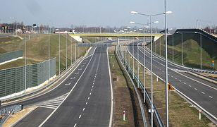 Kto zyskuje na przejeździe autostradą A1?