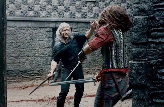 """Pierwszy odcinek """"Wiedźmina"""" ma znakomitą scenę walki na miecze. Konkurencja może się schować"""