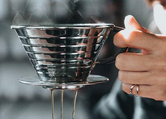 Drip coffe to dobra alternatywa dla szybkich kaw z ekspresu - delektuj się każdą kroplą