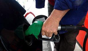 Rząd szykuje nam nowy podatek na paliwo - opłatę emisyjną