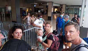 Grupa Polaków nie spodziewała się, że powrót z wakacji może okazać się tak problematyczny