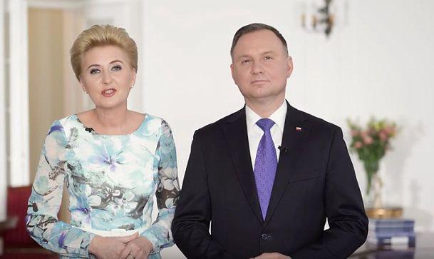 Koronawirus w Polsce. Nagranie pary prezydenckiej