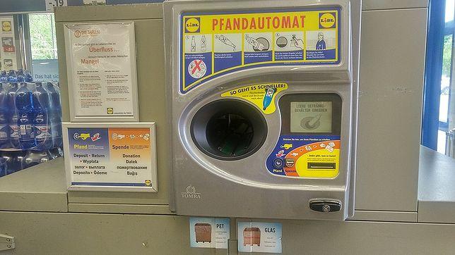 """Butelkomaty w Polsce jak w Niemczech? Ministerstwo nie mówi """"nie"""""""