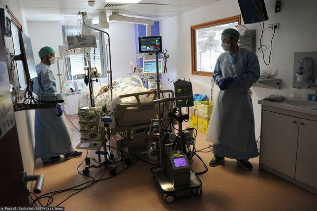 Koronawirus w Polsce. Raport ws. zajętych respiratorów i łóżek (22 kwietnia)