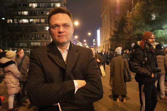 Szymon Hołownia na środowej manifestacji w obronie sędziów