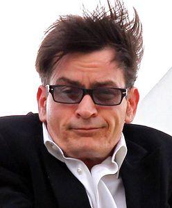 #dziejesiewkulturze: Charlie Sheen nie będzie dumny z nowej roli. Widmo bankructwa zmusza go do grania w byle czym [WIDEO]
