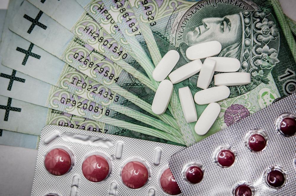 Refundacja leków zagrożona. Ponad dwa tysiące wniosków do rozpatrzenia