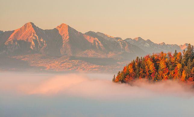 Dla wielu turystów jesień to najpiękniejsza pora roku na wędrówki po górach