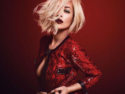 Rita Ora siostrą Greya