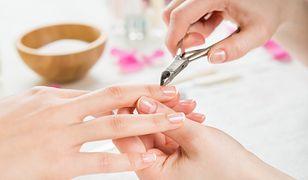Skórki przy paznokciach - jak usuwać zadziory przy paznokciach?