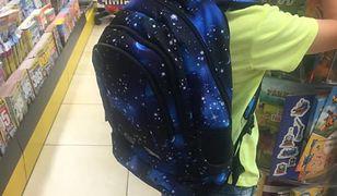 Pani Monika apeluje na Facebooku o pomoc w poszukiwaniu plecaka syna