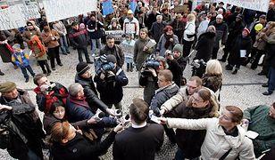 Nietypowy protest rodziców przeciwko reformie edukacji. Zatańczą przed ministerstwem