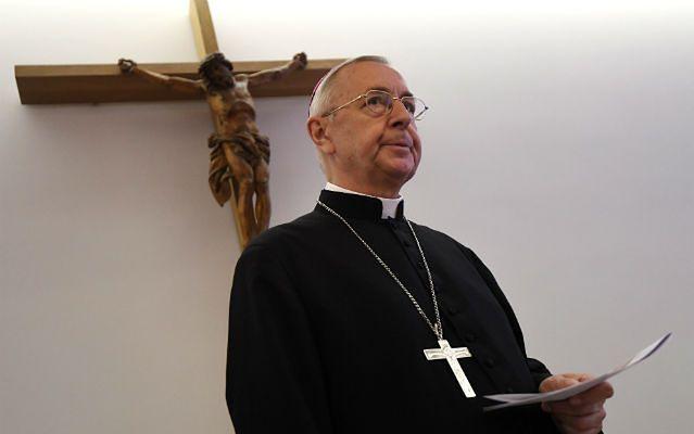Abp Gądecki interweniuje ws. księdza skazanego za molestowanie