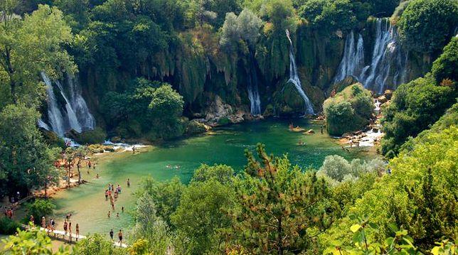 Wodospady Kravica - idealna wycieczka z Chorwacji