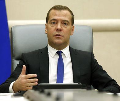 Miedwiediew o czterodniowym tygodniu pracy: to przyszłość gospodarki