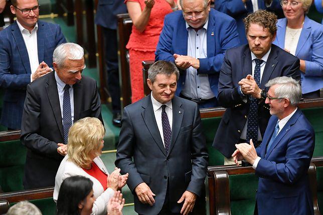 Marek Kuchciński zrezygnował ze sprawowania funkcji marszałka Sejmu. Na jego miejsce izba wybrała Elżbietę Witek
