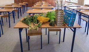 Kwiaty dla nauczyciela to minimum