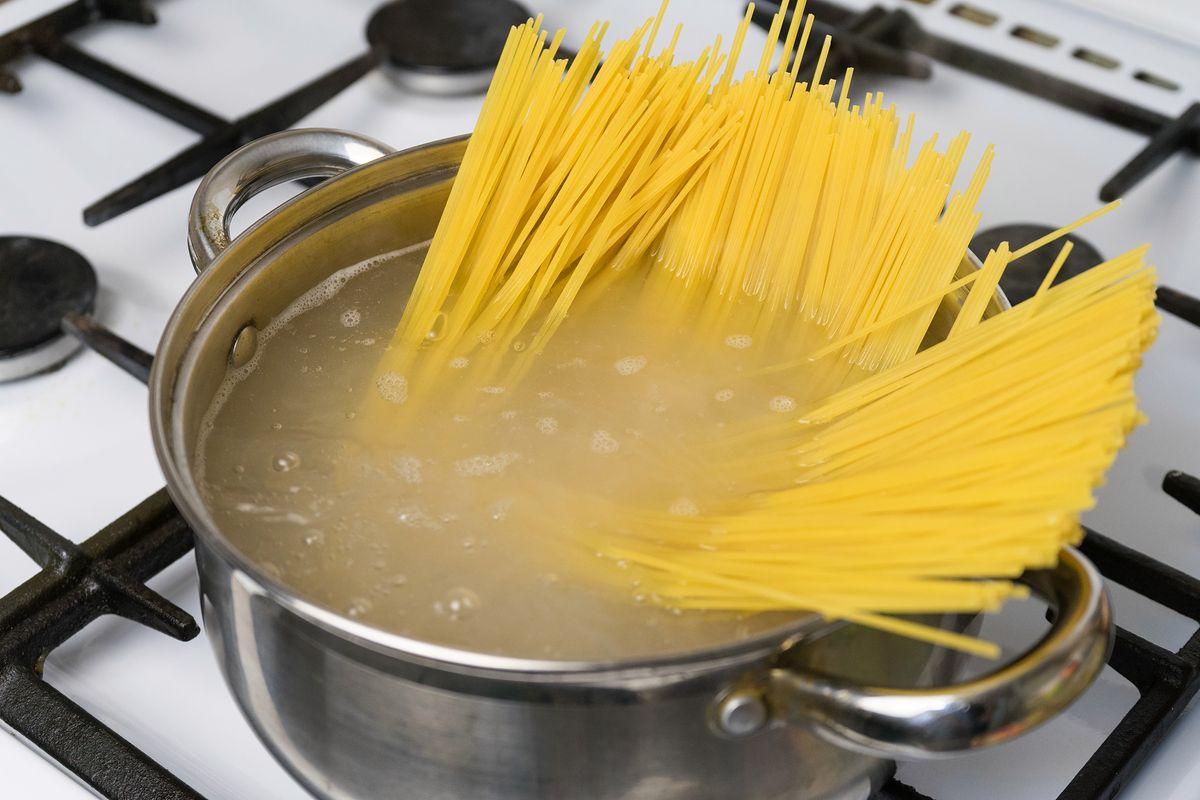 Dlaczego warto gotować makaron al dente?