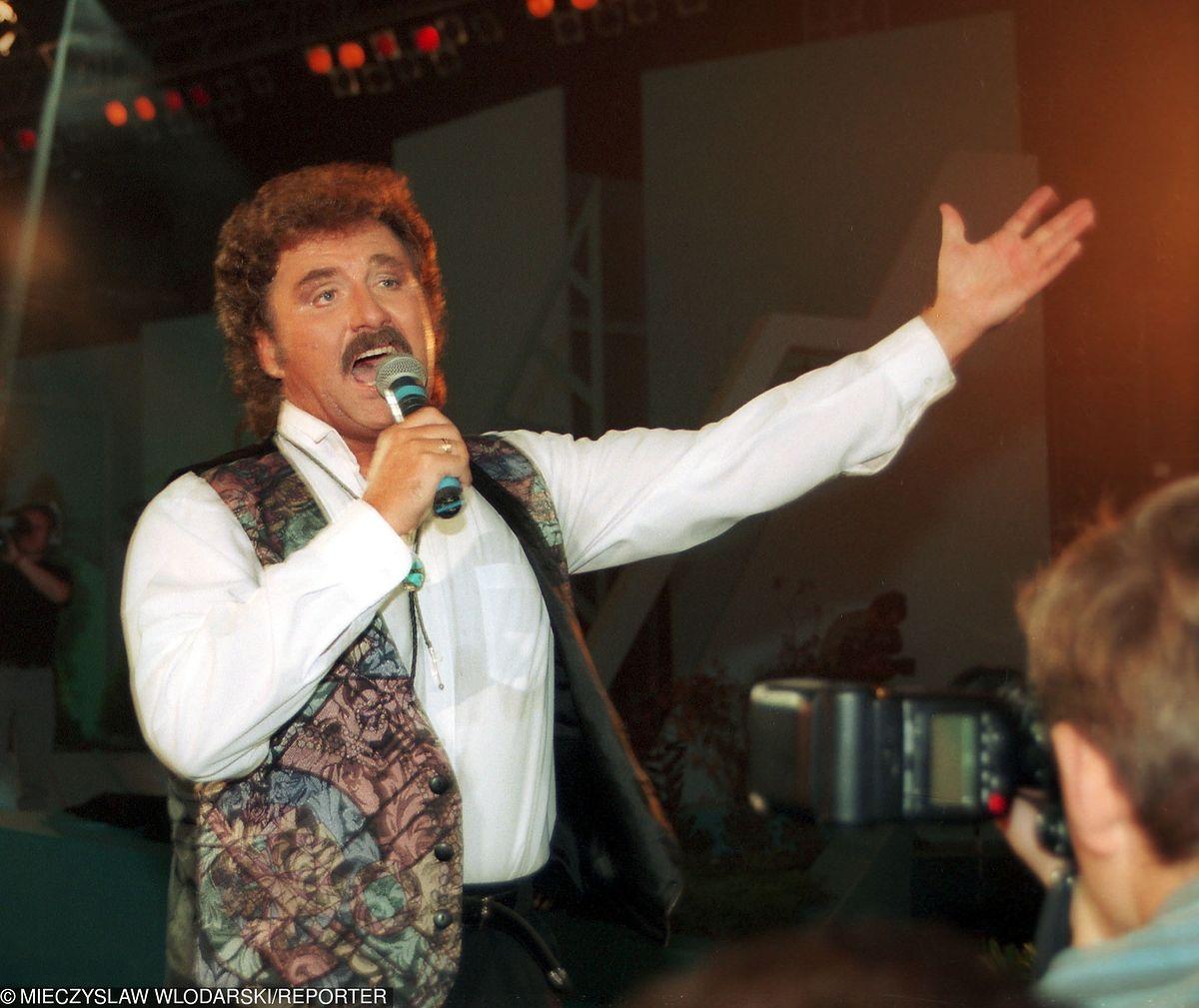 Nie tylko zespoły disco polo. Krawczyk i Stachursky też zagrają na weselu