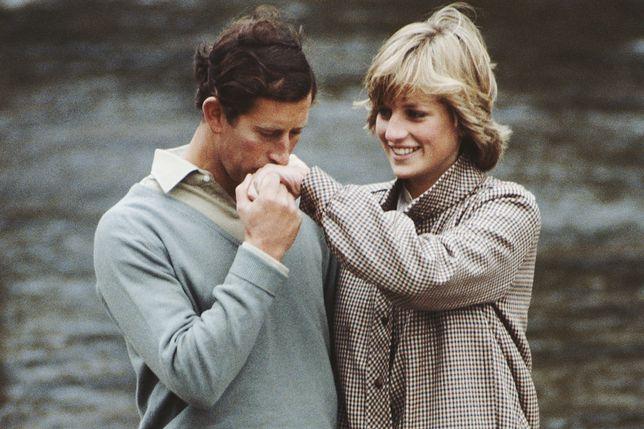 Książę Karol i księżna Diana byli parą idealną - na zdjęciach