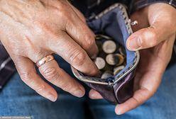 13. emerytura pochłonięta przez czynsz. Emeryci się skarżą