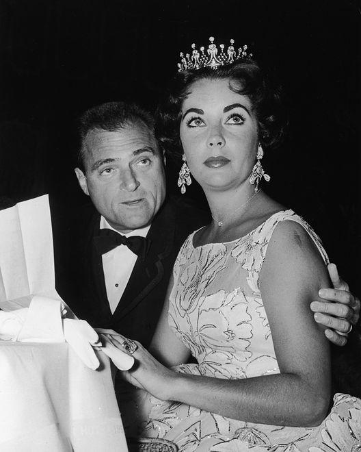 Elizabeth Taylor – 1957