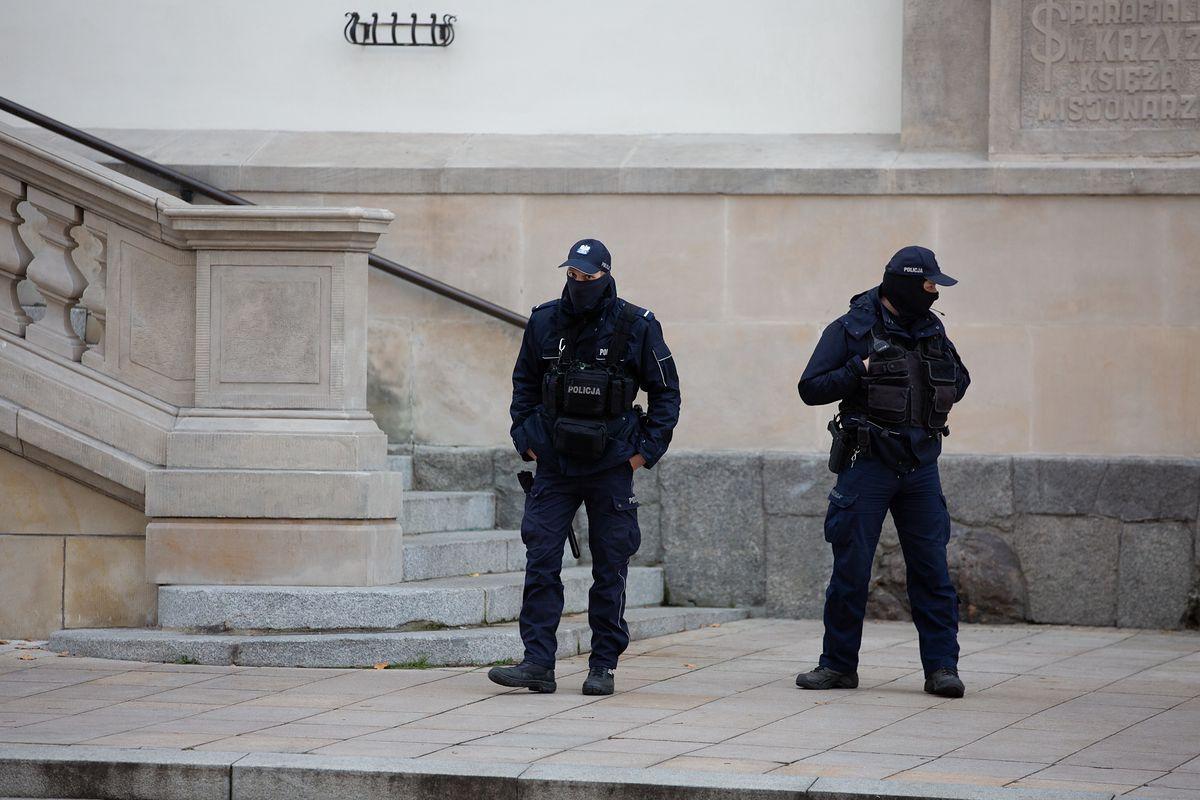 Warszawa. Policja zapowiada, że będzie pilnować porządku na drogach