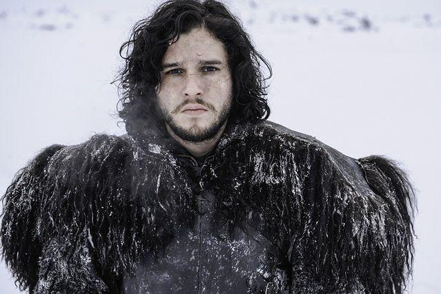 """""""Gra o tron"""": Jon Snow jest Azorem Ahai? Harington rozwiewa wątpliwości fanów"""