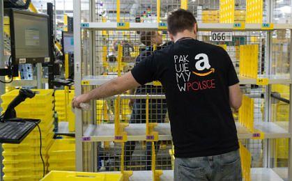 Amazon odpowiada pracownikom: Zarobki u nas są na górnej granicy